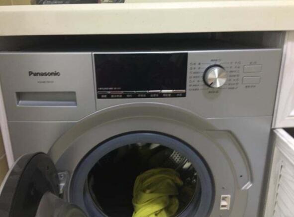滚筒洗衣机怎么清洗污垢?